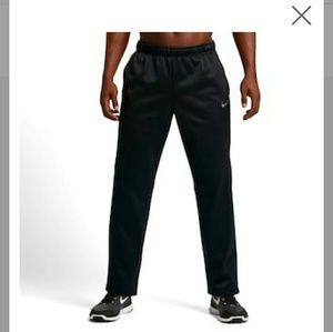 Men's Nike Black Therma Fleece Pants